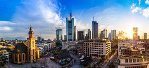Deutschland_Frankfurt_Skyline_Sonnenuntergang_shutterstock_299527787
